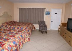 Daytona Shores Inn and Suites - Daytona Beach - Kamar Tidur