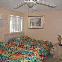 Daytona Shores Inn and Suites Guestroom