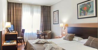Hotel Infantas de León - León - Kamar Tidur