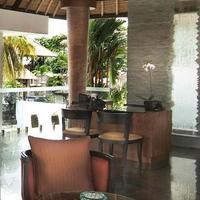 Villa Mahapala Lobby Sitting Area