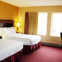 Quality Hotel & Suites Downtown Guest room