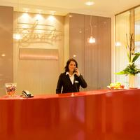 Favored Hotel Scala Reception
