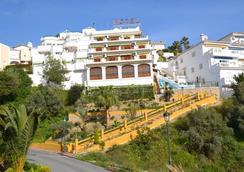 Hotel José Cruz - Nerja - Pemandangan luar