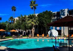 Hotel 502 - Phoenix - Kolam