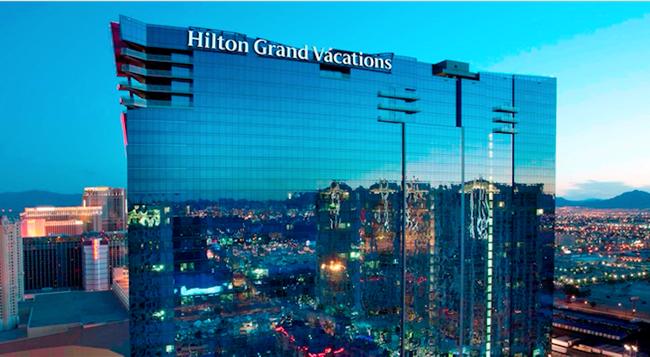 Suites at Elara Hilton Grand Vacations Club - Las Vegas - Building