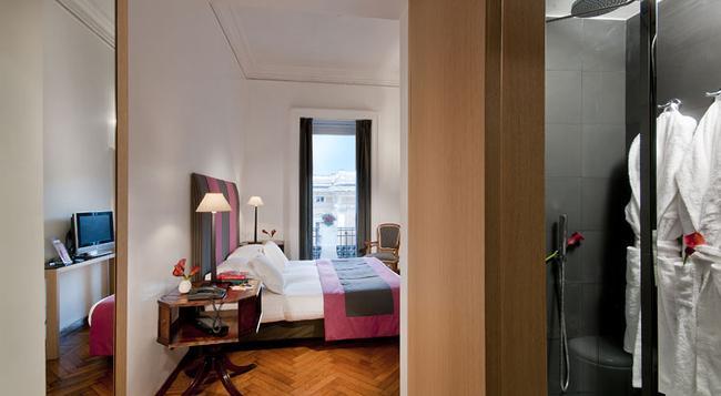 Hotel Alpi - Rome - Bedroom