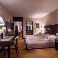 L'Hotel du Collectionneur Guestroom