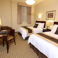 Pointe Plaza Hotel Guest room
