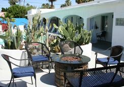 Posh Palm Springs - Palm Springs - Serambi