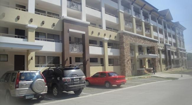 The Oasis Davao Condotel - Davao City - Building