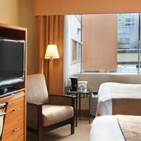 Travelodge Seattle By The Space Needle Guestroom