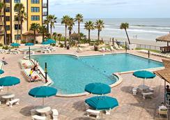 Hawaiian Inn Daytona Beach by Sky Hotels and Resort - Daytona Beach - Kolam