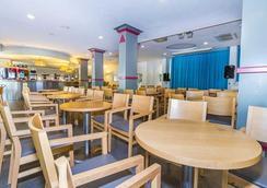 Eix Lagotel - Can Picafort - Restoran