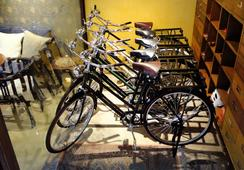 Old Capital Bike Inn - Bangkok - Atraksi Wisata