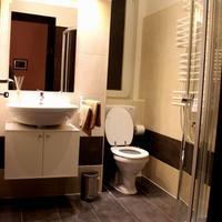 Budapest Ville Bed & Breakfast Bathroom