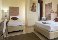 Hotel Domidea - Roma - Kamar Tidur