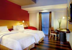 Aston Palembang Hotel & Conference Center - Kota Palembang - Kamar Tidur