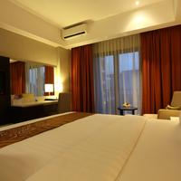 Soll Marina Hotel & Conference Center Bangka Deluxe Room Aston-Soll-Marina-Bangka-Belitung