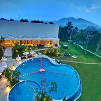 Soll Marina Hotel & Conference Center Bangka Pool