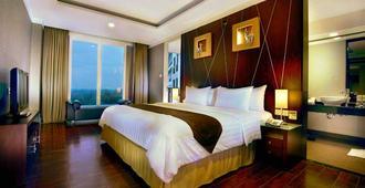 Aston Bogor Hotel and Resort - Kota Bogor - Kamar Tidur