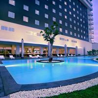 Aston Cirebon Hotel & Convention Center Pool