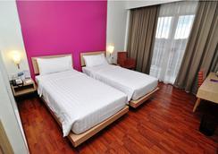 Quest Hotel Semarang - Kota Semarang - Kamar Tidur