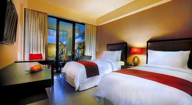 100 Sunset Hotel Managed By Eagle Eyes - Kuta (Bali) - Bedroom