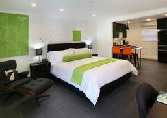 7 Springs Inn & Suites - Palm Springs - Kamar Tidur