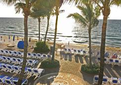 Ocean Sky Hotel and Resort - Fort Lauderdale - Pantai
