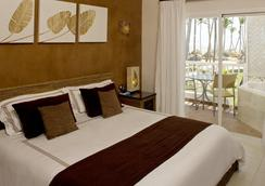 Sirenis Tropical Suites Casino & Spa - Punta Cana - Kamar Tidur