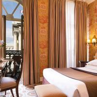 Hôtel Des Grands Hommes Guestroom