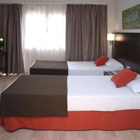 Hotel Pelinor Guestroom