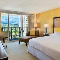Hilton Waikiki Beach Guest room
