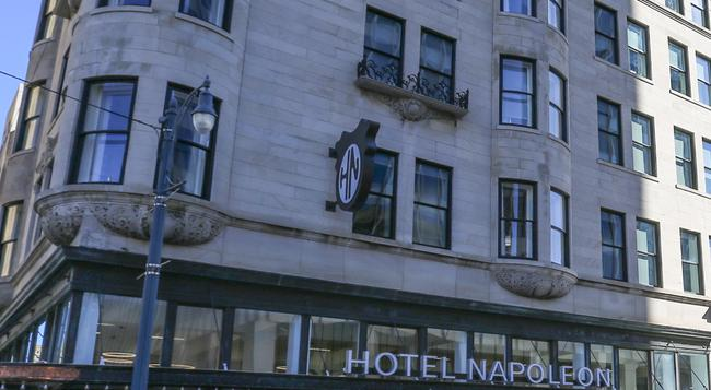 Hotel Napoleon, an Ascend Hotel Collection Member - Memphis - Building