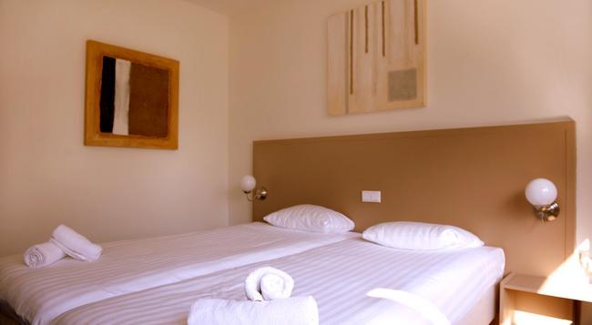 New West Inn Amsterdam - Amsterdam - Bedroom