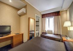 939 Hotel - Roma - Kamar Tidur
