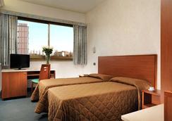 Hotel Princess - Roma - Kamar Tidur