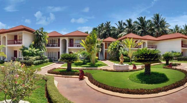 Radhika Beach Resort - Diu - Building