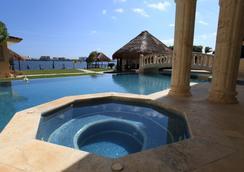 Casa Margarita - Cancun - Kolam