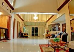 Econo Lodge Inn & Suites - Fort Lauderdale - Lobi