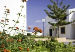 Portblue Vista Faro - Sant Lluís - Pemandangan luar