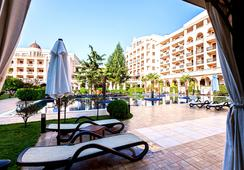 Grand Hotel and Spa Primoretz - Burgas - Kolam