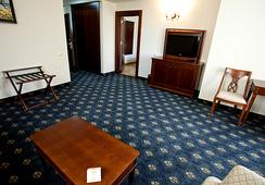 Grand Hotel and Spa Primoretz - Burgas - Kamar Tidur