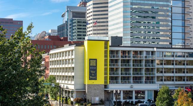 Staypineapple at Hotel Rose - Portland - Building