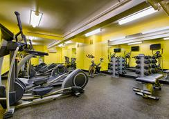 Staypineapple at Hotel Rose - Portland - Gym