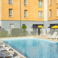 CERISE Carcassonne Nord Outdoor Pool