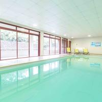 CERISE Carcassonne Sud Indoor Pool