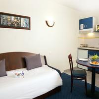 CERISE Carcassonne Nord Guestroom