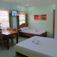 Cool Stay Inn Guestroom