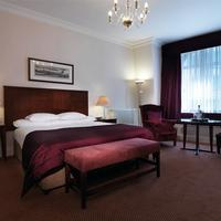 Macdonald Burlington Hotel Guestroom